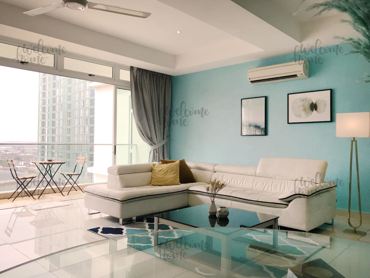 Grand & spacious living and dining area with L-shape genuine leather sofa.