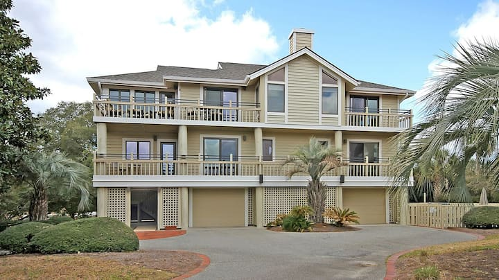 Premium Home w/ Private Pool! On Beach Boardwalk! Great for Families! Sleeps 12!