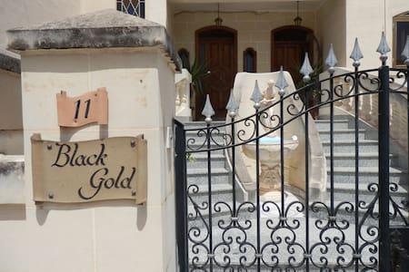 Black Gold B&B Guest house in Msida, Malta - Msida - Bed & Breakfast