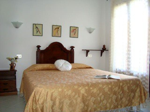 Countryhouse Nuraghe Murtarba - Villagrande Strisaili - Bed & Breakfast