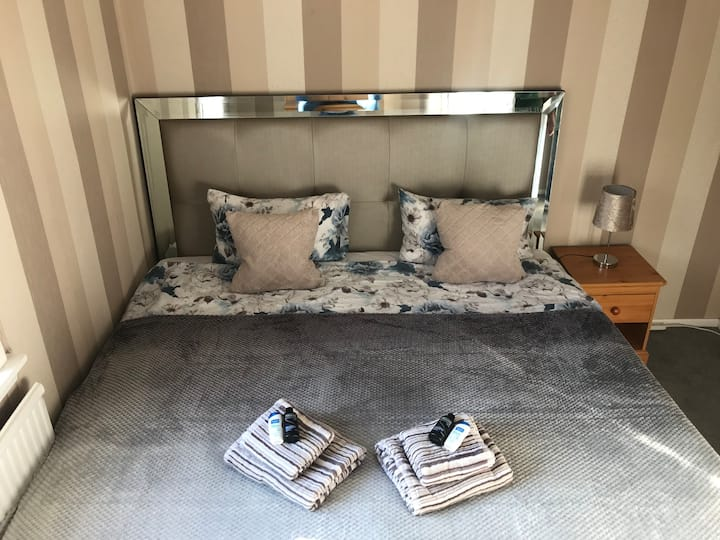 Double room in peaceful location