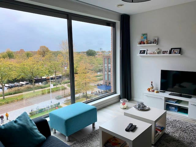 Cosy room in modern appartment in City centre 013