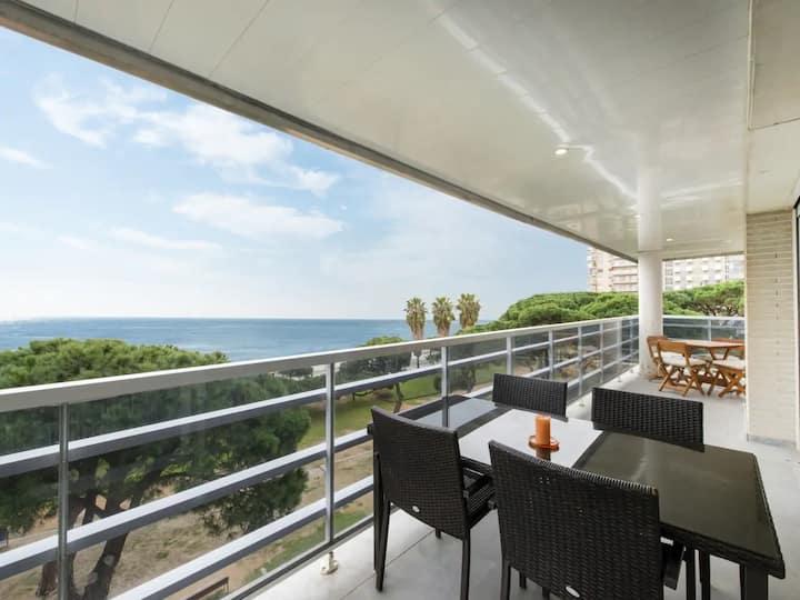 Increíble apartamento con vistas al mar y terraza!