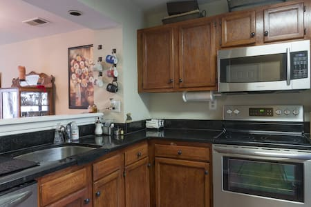 Cozy Condo with Free Parking Included
