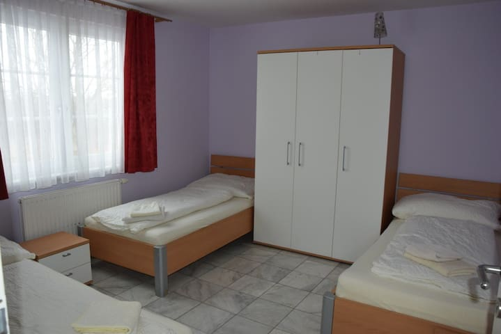 Apartment L4 for up to 6 people with free parking