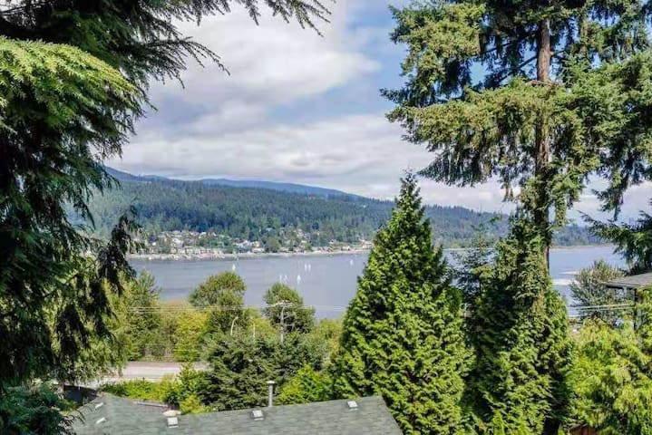 large 1-bedroom with stunning Burrard Inlet view