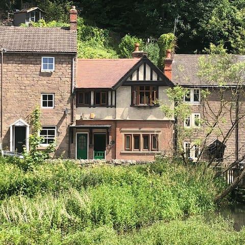 Swiss Cottage, Cromford