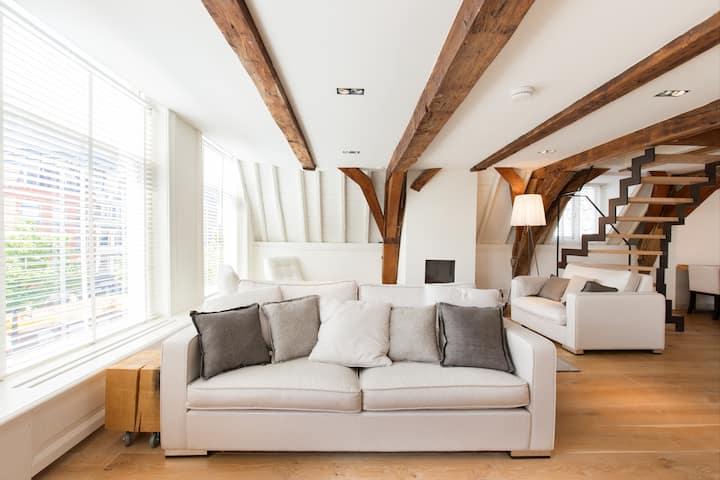 Luxury apartment down town Leiden