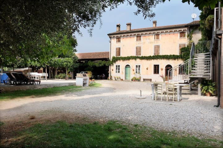Farm Holiday between Verona Garda Lake and Mantua