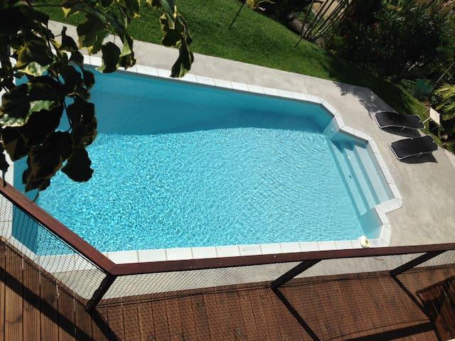 Studio2 avec terrasse et piscine - Fort-de-France - Casa