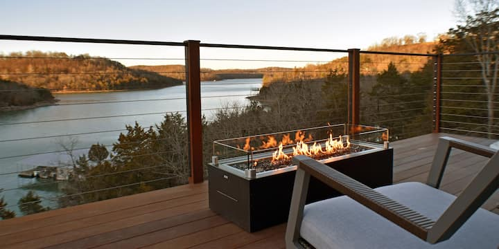 The Sky Suites on Beaver Lake - Luxury for Couples