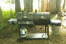 Gas grill with propane no charge