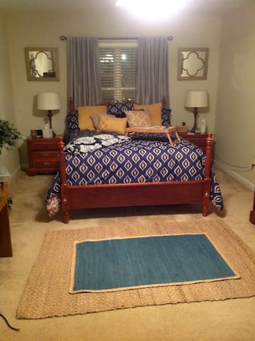 Cozy Masters Room or Business in Augusta - Grovetown - บ้าน