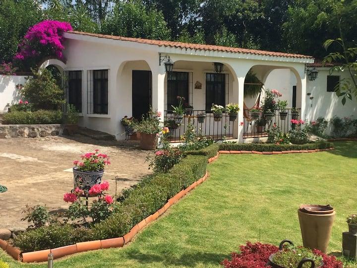 Bungalow clima jardines Monarcas Mich Ideal pareja