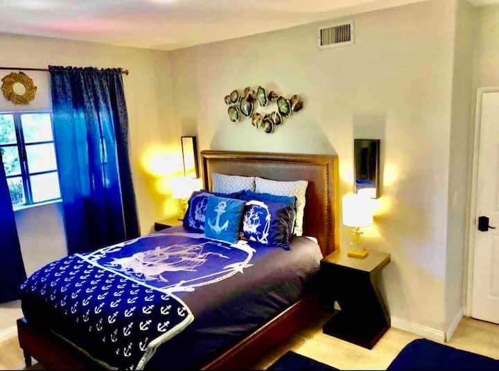 Nautical Beach Private Designer Suite In A Mansion