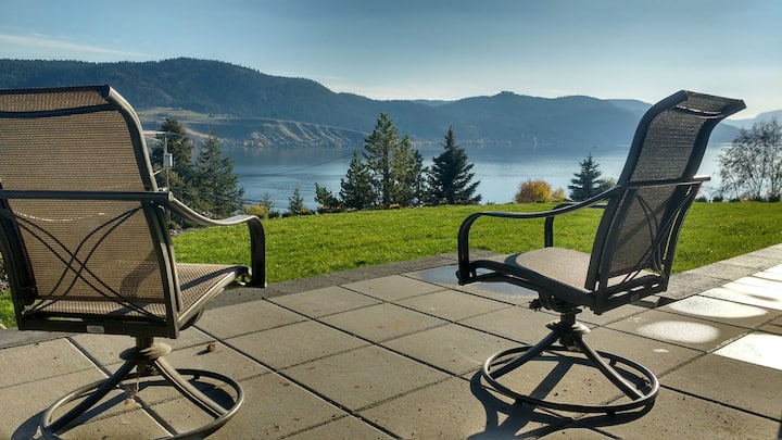 Amazing 1 bdrm Okanagan Lake View Suite