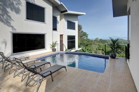 Casa del Sol - Views, Comfort, and Privacy - Quepos