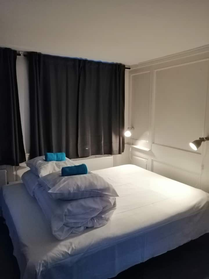 Private double room in old Nyhavn