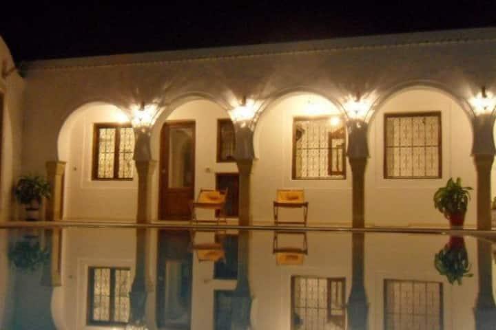 Chambre Familiale Supérieure Maison Leila