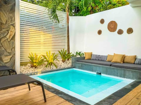 Private pool and exterior tub at Bohemian Suites