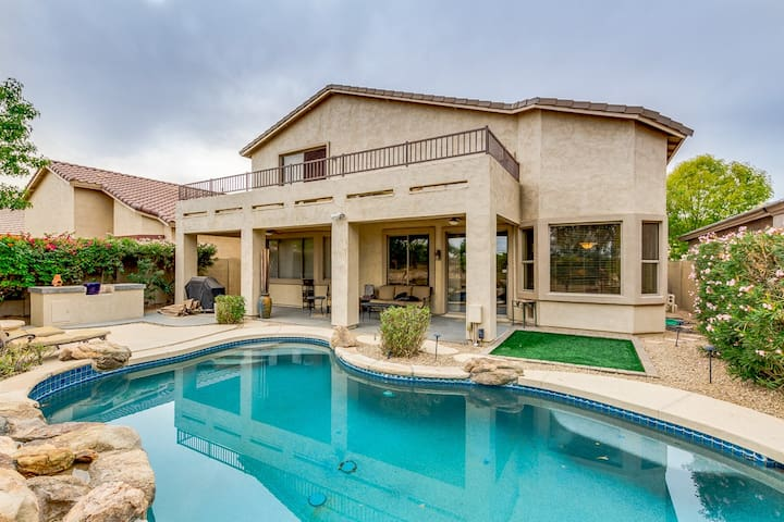 Paradise awaits...Stunning home on golf course!