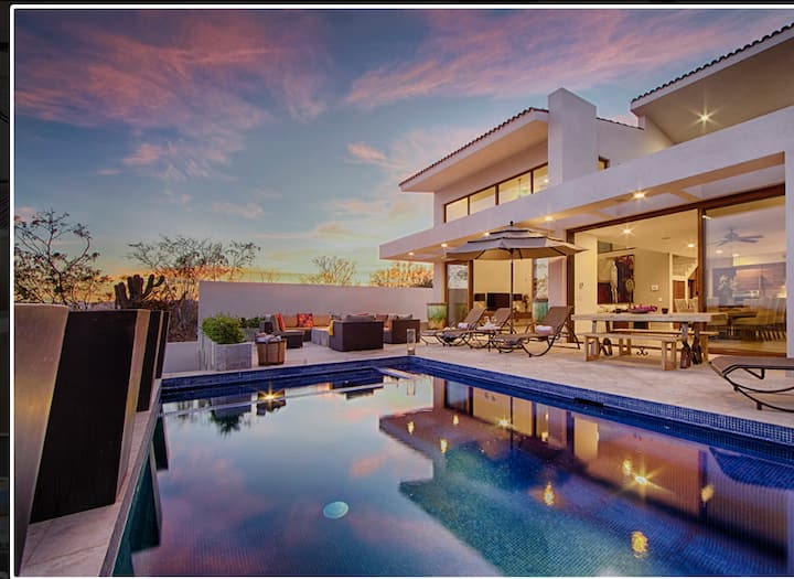 Casa Blanca, Stunning Modern in Luxury Community!!