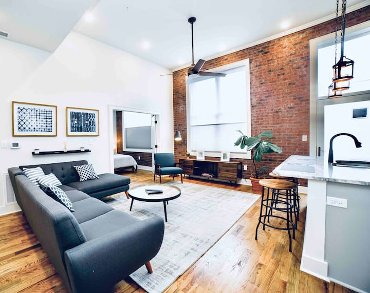 NEW! Downtown Apartment 🏙FREE Parking
