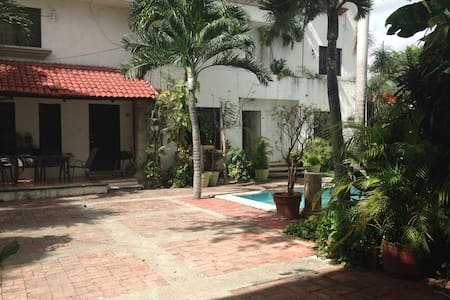 CASA AMBIENTE FAMILIAR - Cancún - House