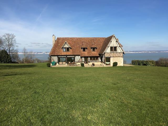Maison normande - vue exceptionnelle mer - Cricquebœuf - House