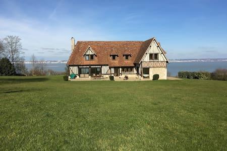 Maison normande - vue exceptionnelle mer - Cricquebœuf