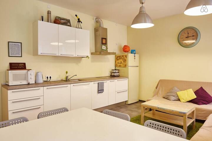 Комната в 4-х комнатном хостеле