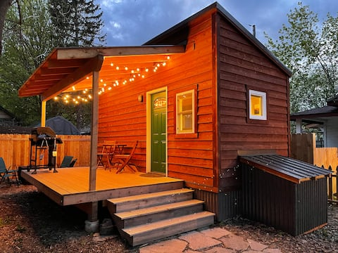 3rd Ave. Tiny House - Steps from Downtown