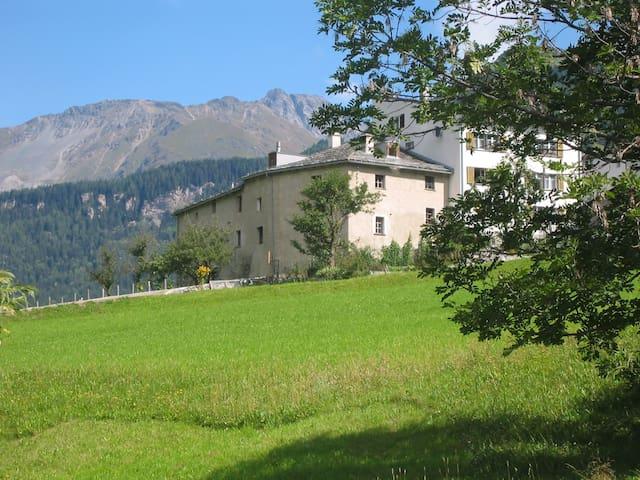 Alla Mason – landmark listed farmhouse