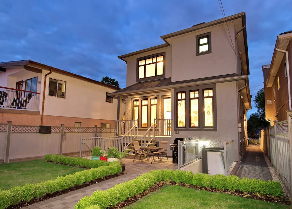Walk around around the house to reach your private entrance.