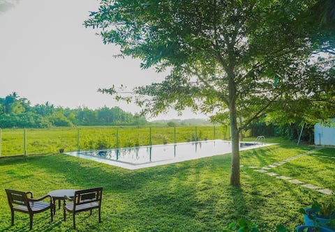 Private Nature Villa / Outdoor Pool / 15 Guests