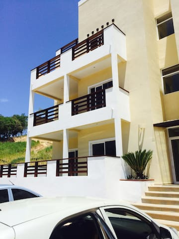Tropical modern condo with private upper patio. - Coxen Hole - Condominium