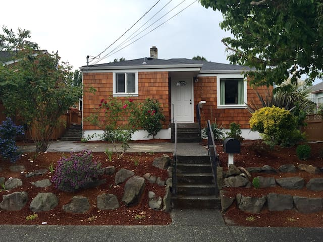 Alki beach, Cape Cod, Two bedrooms - Seattle - Dom