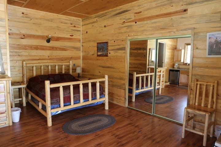 Golden Haven Ranch-Studio Apt.