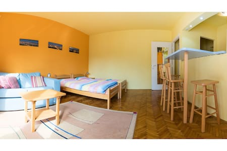 Cozy Downtown Belgrade Nest for Two