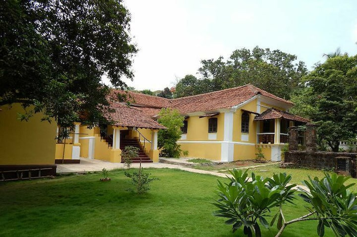 Beautiful heritage 1BR Villa in Sangolda North Goa