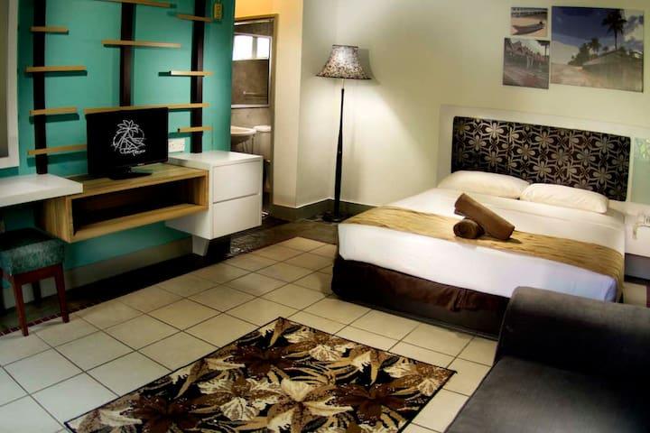 Paya Beach Resort, Superior Chalet w Breakfast - Mersing - Xalet