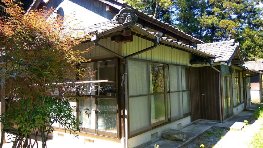 Near temple or shrine, treking.mountain side house - Bungotakada-shi - บ้าน