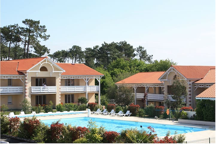 Appartement 4/5 pers en bord de mer avec piscine