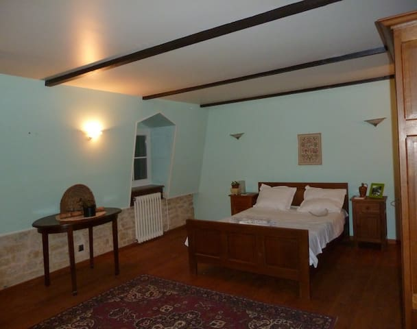 Da Vinci Room Double - Mouzay - Bed & Breakfast