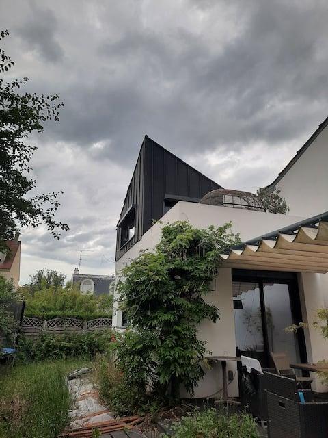 Croissy : agréable F1 35 m2 dans maison avec entrée indépendante et autonome.