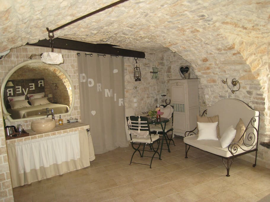 Chambre d 39 h tes de charme bed breakfasts for rent in - Chambre d hote de charme midi pyrenees ...