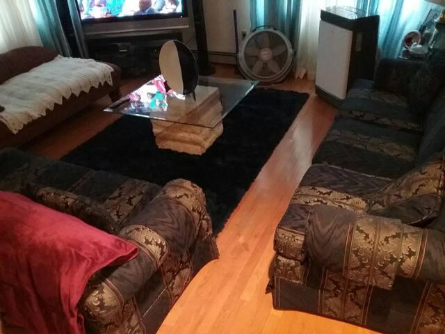 Cozy private quiet room
