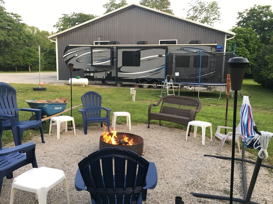 Enjoy the space we hav created for you to relax,  make s'mores, drink a beer, or hang out and do some star gazing at night.