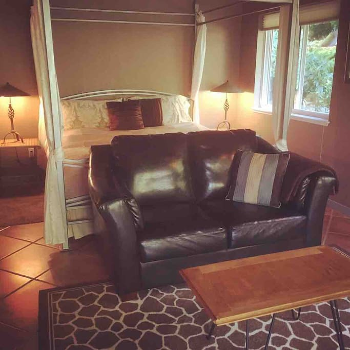 Comfy kingsize bed and love seat