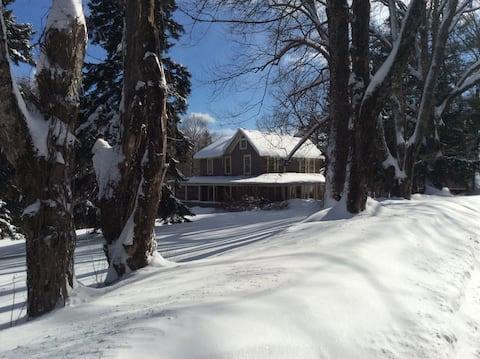 A characteristic Vermont home in Peru